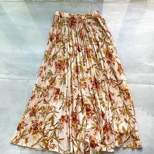 H&M full length floral skirt
